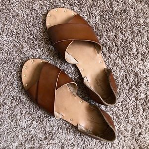 cute and comfy summer sandals!